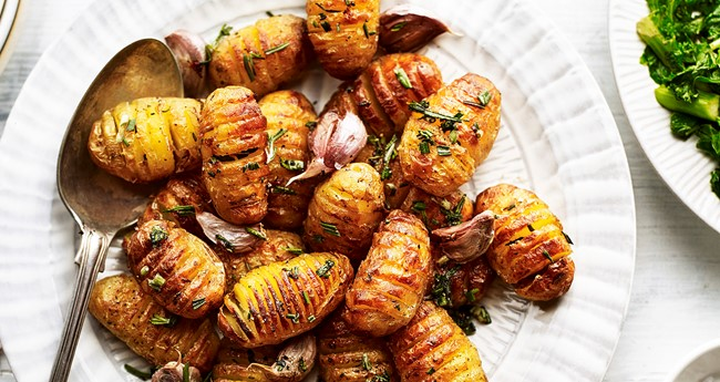 Mini hasselback potatoes with rosemary and garlic recipe