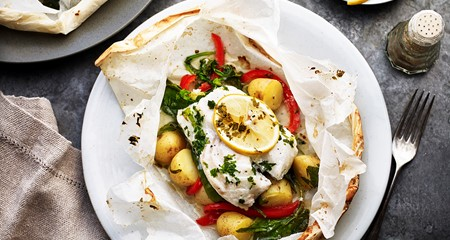 New potatoes and cod en papillote recipe
