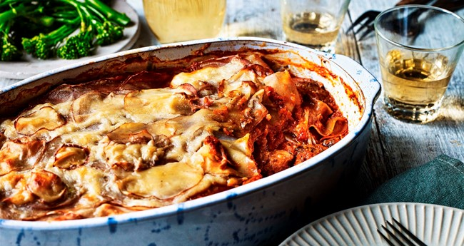 Pulled pork and tomato layered bake